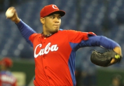 El internacional Vladimir Garcia puede reaparecer en el reinicio de la Serie Nacional.