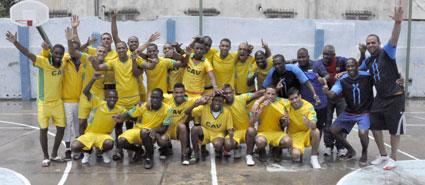 Equipo Tiburones de Ciego de Ávila Campeón del Fútbol Cubano.
